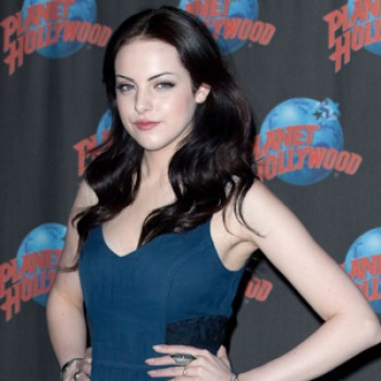 "EXCLUSIVE: Elizabeth Gillies Chats About ""iparty with Victorious"" (Video)"