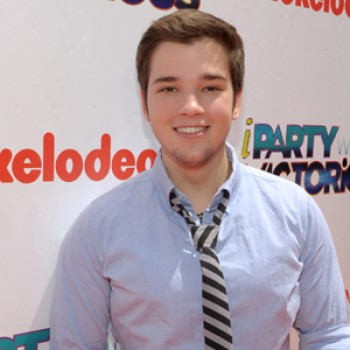 "EXCLUSIVE: ""iparty"" with Nathan Kress on Twitter Tonight (Video)"