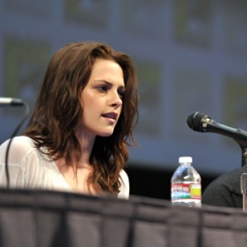 "Kristen Stewart: ""Twilight Wedding Scene was Top Secret"""