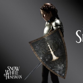 "Kristen Stewart Debuts ""Snow White & The Huntsman"" Stills at Comic-Con"
