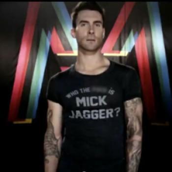 "Maroon 5 & Christina Aguilera: ""Moves Like Jagger"" Music Video"