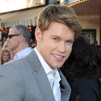 "Chord Overstreet Lands Post ""Glee"" Gig on ""The Middle"""