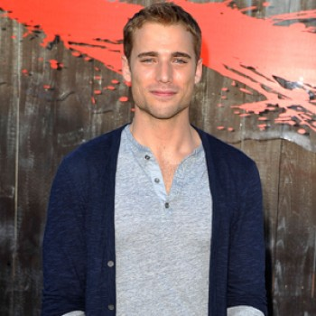 "Exclusive Dustin Milligan Interview: 'Shark Night 3d' is ""One Mega Shark Summer Sexy Thriller"""