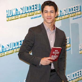 "Nick Jonas: ""I'm Coming Back to Broadway!"""