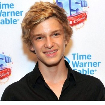 Cody Simpson Teams Up With Anti-Bullying Movement Defeat the Label for Free Michigan Concert