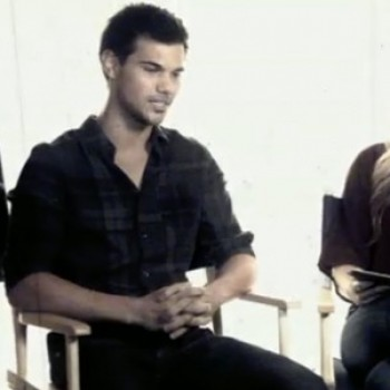 "Highlights From Our ""Abduction"" Live Chat With Taylor Lautner"