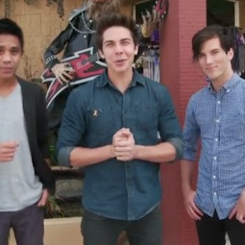 Shopping For Halloween Costumes With Allstar Weekend