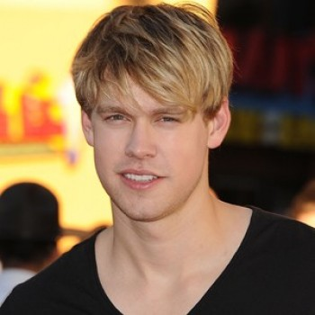 "Confirmed! ""Glee"" Is Giving An Early Christmas Present in the Form of Chord Overstreet"