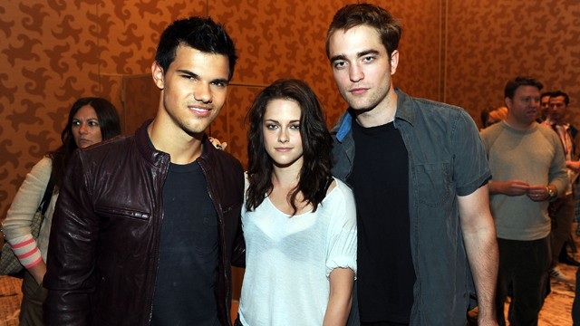 Twilight Robert Pattinson Kristen Stewart Taylor Lautner Handprints