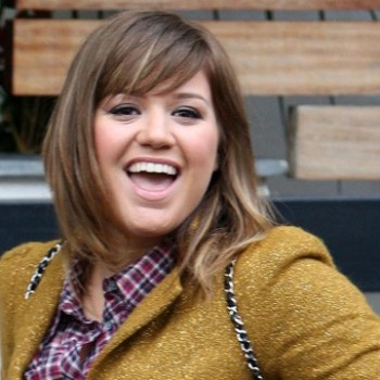 Kelly Clarkson Announces 2012 Stronger Tour