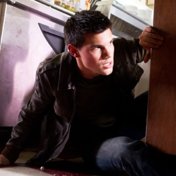 Taylor Lautner Talks About Punching His 'Abduction' Co-Star