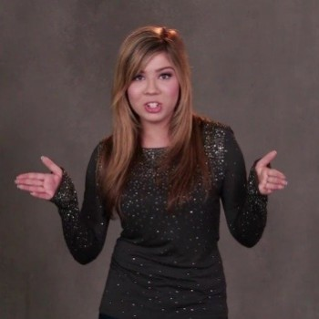 "Exclusive: Jennette McCurdy Dishes On Filming ""iCarly"" With First Lady Michelle Obama"