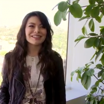Exclusive: Miranda Cosgrove Talks iCarly, Kelly Clarkson and Katy Perry