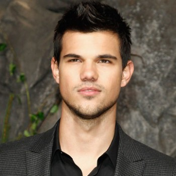 Taylor Lautner Drops Out of 'Stretch Armstrong' Flick