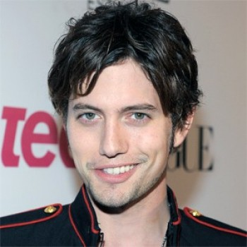 CLICKWORTHY: Jackson Rathbone To Be A Dad; Vanessa Hudgens On Why She Doesn't Tweet