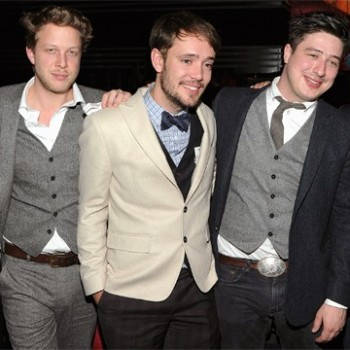 Mumford And Sons Gear Make Time For SXSW And Writing While On Tour