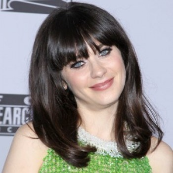 Zooey Deschanel Stars in New Set of 'SNL' Promos (Video)