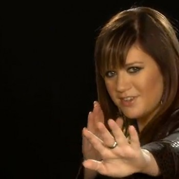 Kelly Clarkson Helps Launch Do Something's Battle for the Bands