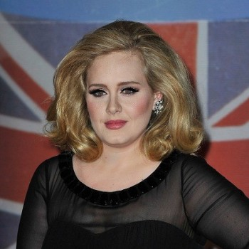 Adele Doesn't Use Shampoo?! (VIDEO)