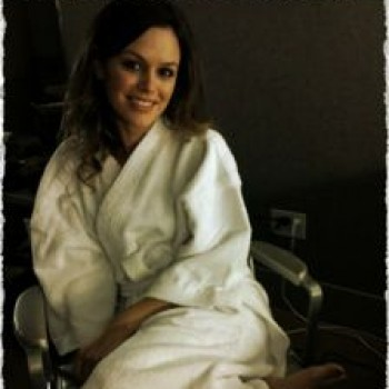Exclusive! Rachel Bilson Takes Shoes Off For TOMS One Day Without Shoes