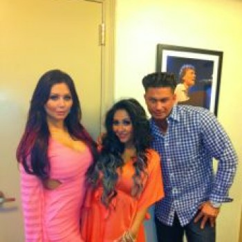 <i>Snooki & JWoww</i> Sneak Peek: How Will They Handle Snooki's Pregnancy?