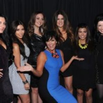 Watch: Kardashians Meet Their SNL Impersonators