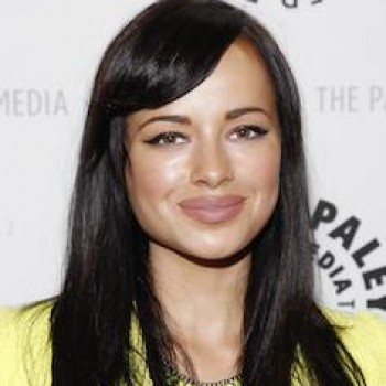 "'Awkward' Star Ashley Rickards: ""What's in My Bag"""