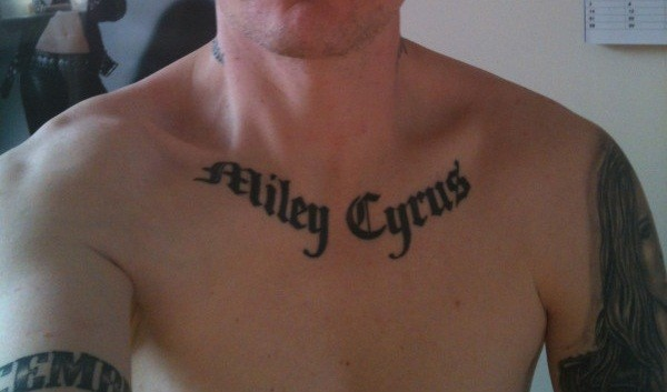 Miley cyrus creepy man fan has 15 miley inspired tattoos for Collar bone tattoos guys