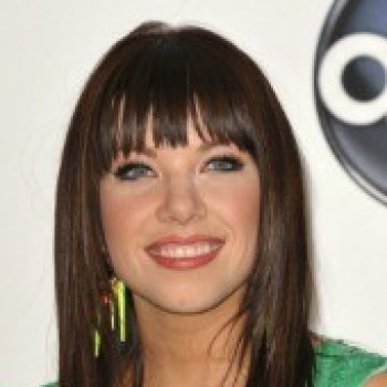 Carly Rae Jepsen is Back at No. 1 on Cambio Radio! Is This Good News?