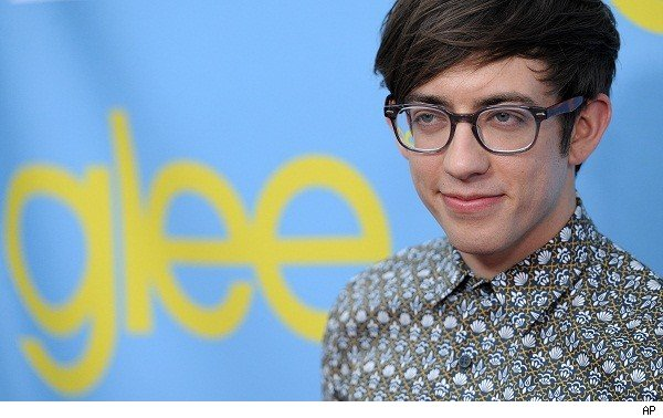 Glee's Kevin McHale to co-host 2012 Teen Choice Awards!