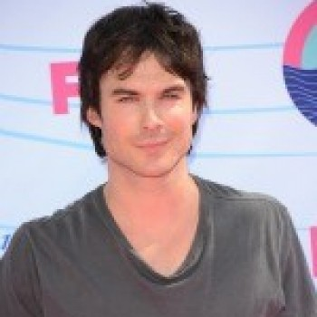 "Teen Choice Awards: Ian Somerhalder and Miley Cyrus Named ""Choice Male and Female Hotties."" Good Choice?"