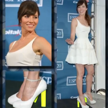 Catwoman Could Use More Red Carpet Couture Claws, but Jessica Biel? Meow!