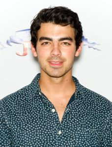 joe jonas, who is joe jonas dating, natashia ho, who is natashia ho, joe jonas and natashia ho, joe jonas natashia ho, joe jonas dating natashia ho, is joe jonas dating natashia ho