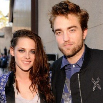 What's Rob Pattinson Giving Kristen Stewart For Her Birthday?