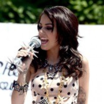 Cher Lloyd Knocks Carly Rae Jepsen From the Top of Cambio Radio! Like?