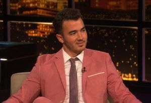 kevin jonas, married to jonas, kevin jonas chelsea lately, kevin jonas chelsea handler, kevin jonas on chelsea lately, kevin jonas on chelsea lately video, watch kevin jonas on chelsea lately