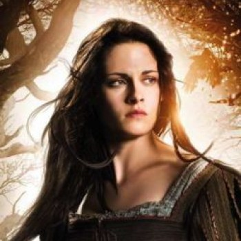 Kristen Stewart: Dropped from 'Snow White and the Huntsman' Sequel?