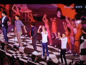 one direction, one direction olympics, one direction olympics closing ceremony, one direction olympics closing ceremony video, watch one direction olympics
