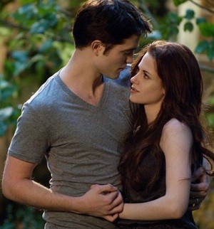 Robert Pattinson and Kristen Stewart in 'Twilight'
