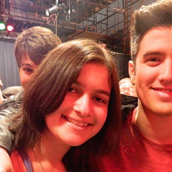 Big Time Rush Photobomb the Winner of Cambio's Do the Craze 2 Contest!
