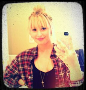 demi lovato, demi lovato hair, demi lovato hairstyle, demi lovato hair cut, demi lovato bangs, demi lovato hairstyle bangs, demi lovato photos, demi lovato hair photos, demi lovato hairstyle photos