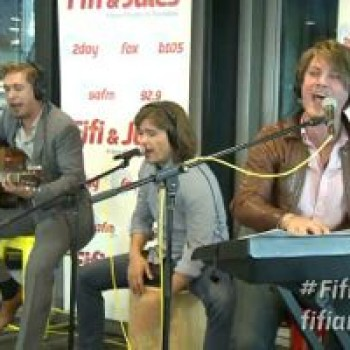 Hanson 'We Are Never Ever Getting Back Together' Taylor Swift Cover Rocks!