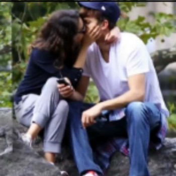 Mila Kunis and Ashton Kutcher Caught Smooching All Over NYC! What Do You Think of This New Duo?