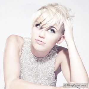 Miley Cyrus  Video on Miley Cyrus  Miley Cyrus New Single  Miley Cyrus 2012  Miley Cyrus