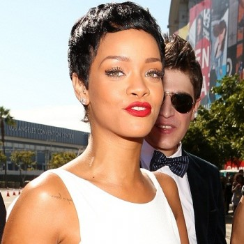 Did Rihanna Diss Drake at the VMAs? See For Yourself!