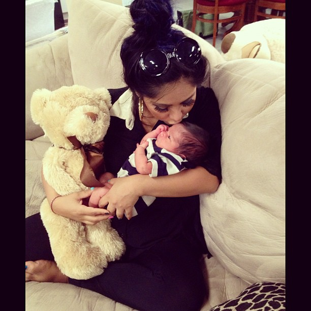 see new pictures of snookis baby lorenzo and her post