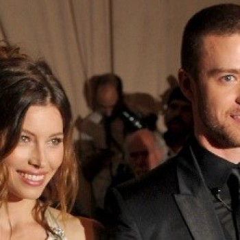 Justin Timberlake and Jessica Biel Are Married (BREAKING!)