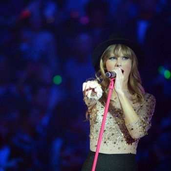 "Taylor Swift and Ed Sheeran's New Single Leaked! Listen to ""Everything Has Changed"" Here!"