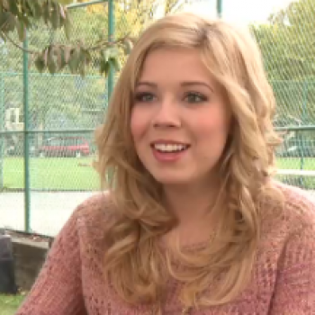 Jennette McCurdy and Noah Munck Talk One Direction, Emma Stone and the 'iCarly' Finale!