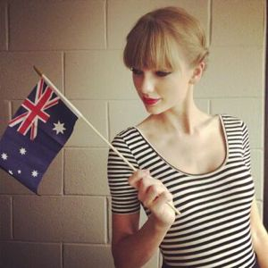 taylor swift, taylor swift news, taylor swift arias, taylor swift i knew you were trouble acoustic, taylor swift red acoustic, taylor swift we are never ever getting back together acoustic, taylor swift wanegbt acoustic, taylor swift acoustic video